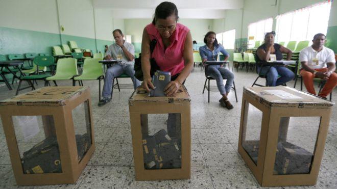 160515172751_elecciones_dominicana_624x351_epa_nocredit